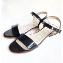 Sandalias con taco cuadrado