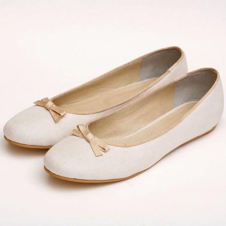 Chatitas Novias con ribete beige y moño simple beige